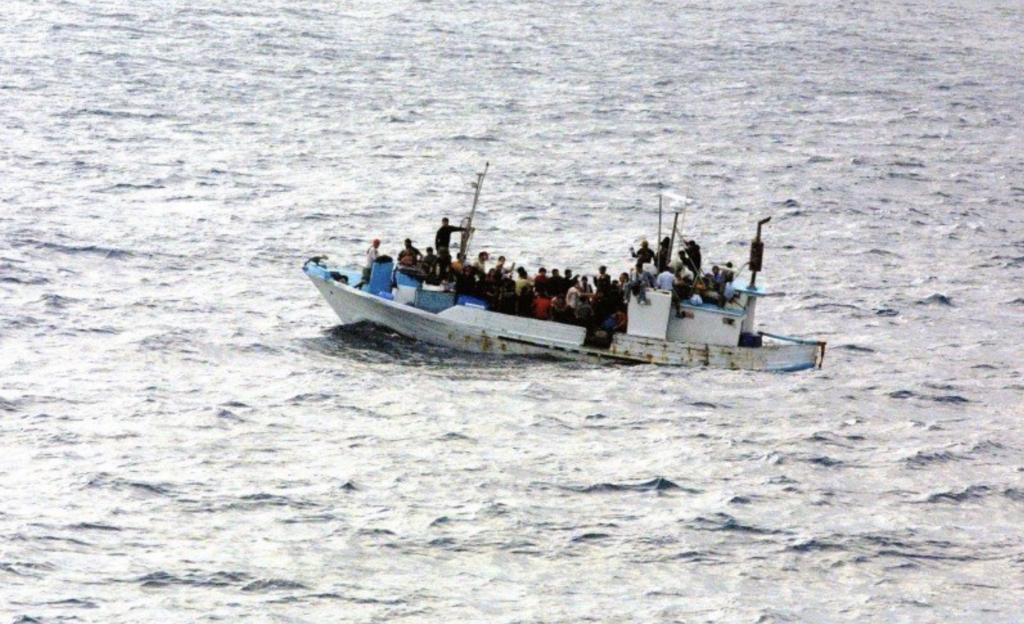 Boat carrying refugees